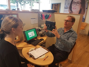 Simon Barradell New Zealand Dispensing Optician